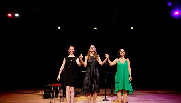 Carmel Dean, Sutton Foster and Andréa Burns