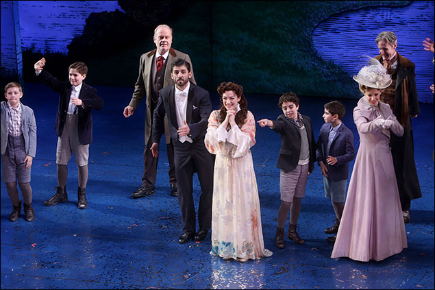 Kelsey Grammer, Laura Michelle Kelly, Tony Yazbeck, Teal Wicks and cast