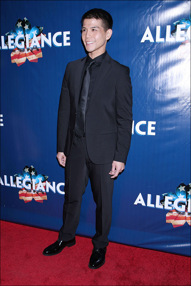 Telly Leung giving us James-Bond black-on-black-on-black in his Kenneth Cole sexy fitted suit. We're stirred, Telly! (and shaken!) Congrats!