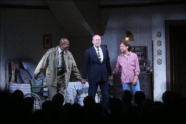 Leon Addison Brown, Bruce Willis and Laurie Metcalf
