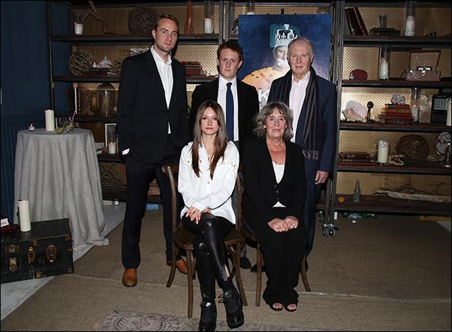 Oliver Chris, Richard Goulding, Tim Pigott-Smith, Lydia Wilson and Margot Leicester