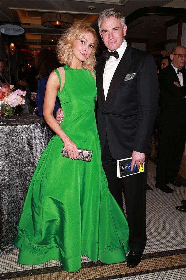 Jenn Lyon and Douglas Sills