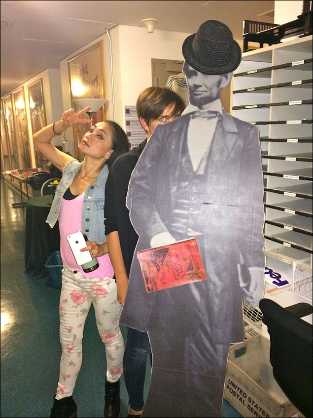 Sumie (our Topsy) and Tyne (our associate director) checking the mailboxes with Lincoln