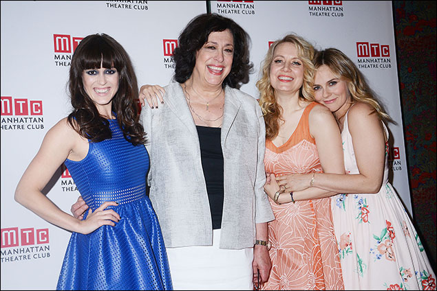 Heather Lind, Lynne Meadow, Jennifer Mudge, Alicia Silverstone