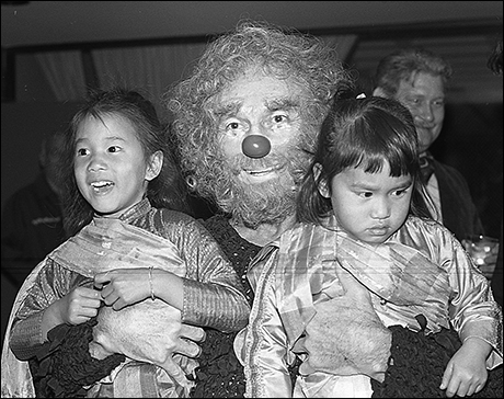 Yul Brynner and kids at the 1978 King and I Halloween party