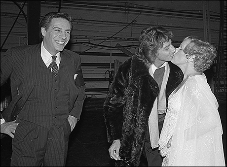 Jerry Orbach, Barry Manilow and Tammy Grimes backstage at 42nd Street, Feb 1981