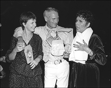 Horne meets with Joanne Woodward and Paul Newman at Lena Horne: The Lady and Her Music