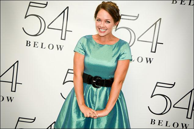 Laurie Veldheer as 'Princess Anna'