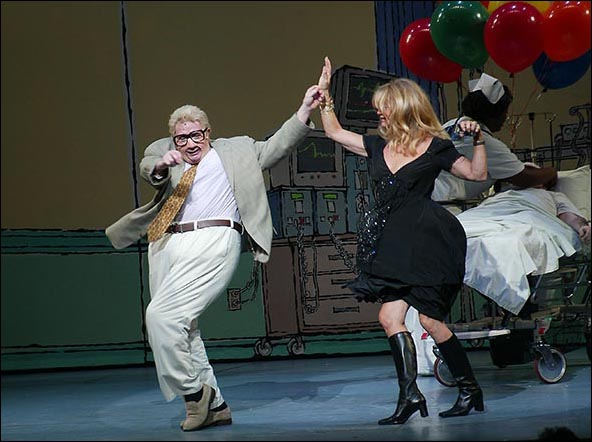 Martin Short as Jiminy Glick and Goldie Hawn