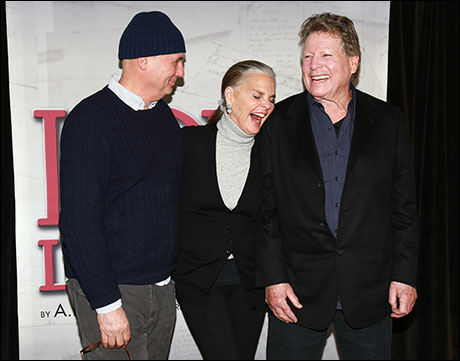 Gregory Mosher, Ali MacGraw and Ryan O'Neal