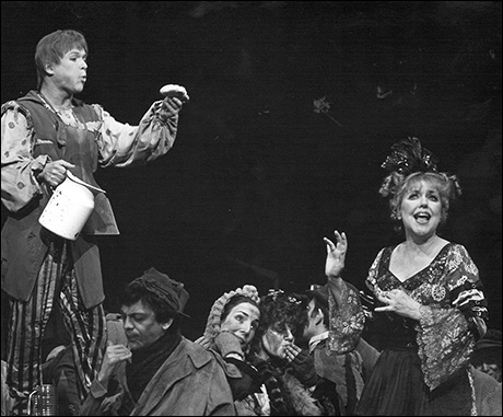 Ken Jennings and Dorothy Loudon in the original Broadway production