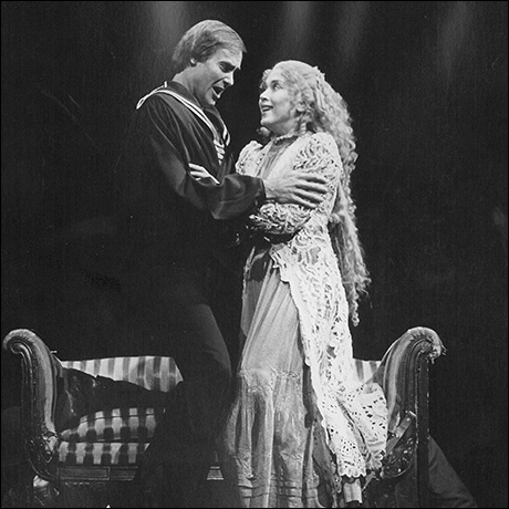 Cris Groenendaal and Betsy Joslyn in the original Broadway production