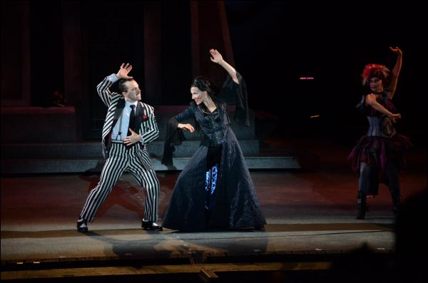 Rob McClure and Jenny Powers in The Addams Family at The MUNY