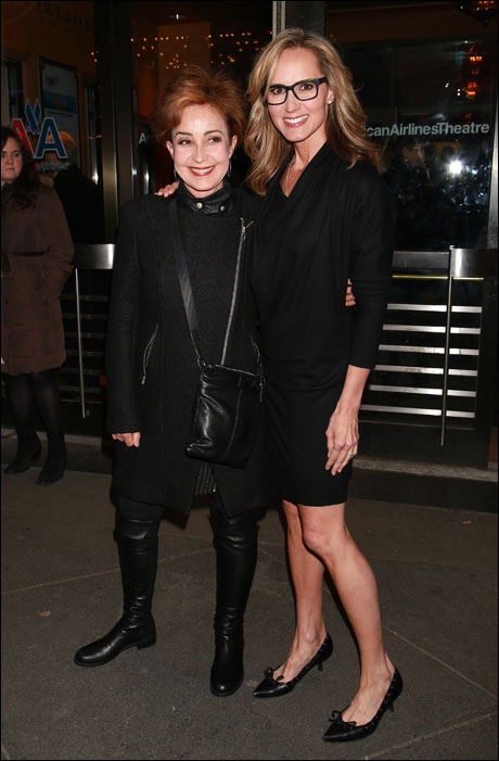 Annie Potts and Chely Wright