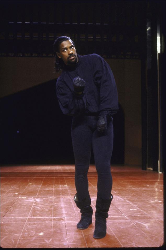 Denzel Washington in Richard III.
