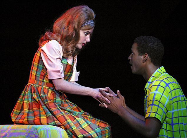 Kerry Butler and Corey Reynolds in Hairspray on Broadway