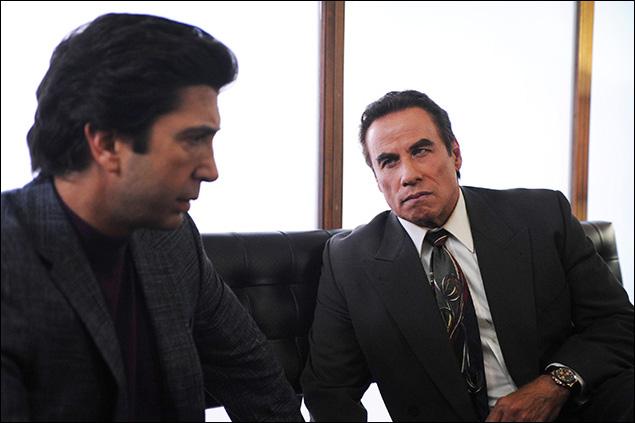 """From the Ashes of Tragedy"" Episode 101: David Schwimmer as Robert Kardashian, John Travolta as Robert Shapiro"