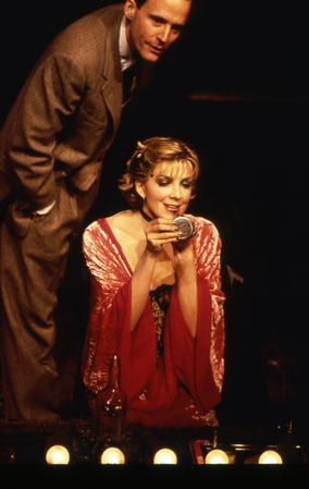 John Benjamin Hickey and Natasha Richardson in the 1998 Broadway revival