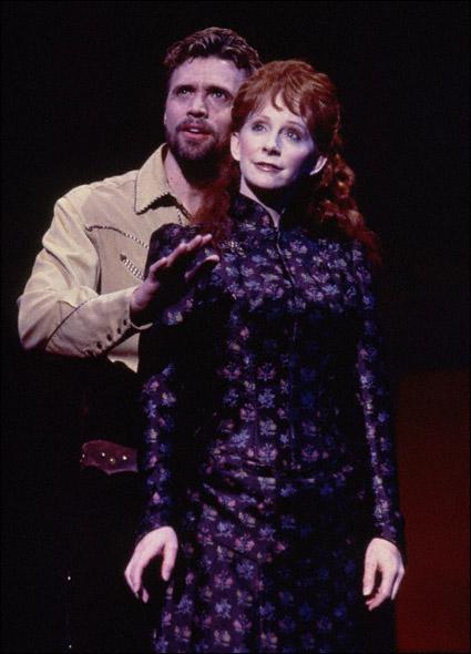 Brent Barrett and Reba McEntire