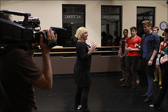 Nikki Snelson addresses the hopefuls.