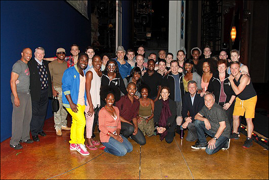 Annette Bening with the Book of Mormon cast along with the Actors Fund and Pantages Theatre staff.