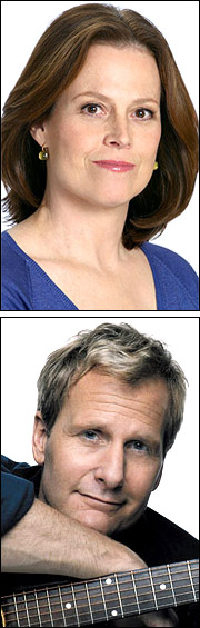 Sigourney Weaver and Jeff Daniels