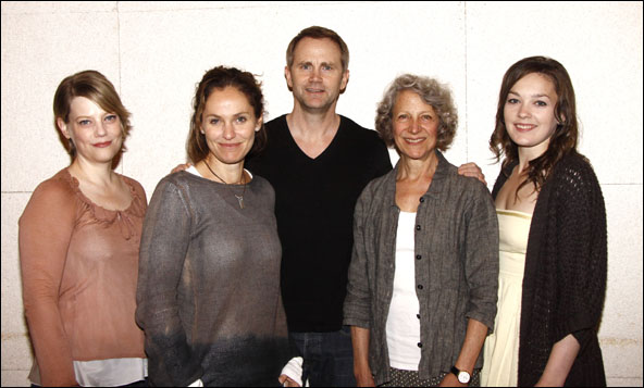 Kellie Overbey, Amy Brenneman, Lee Tergesen, Beth Dixon and Virginia Kull