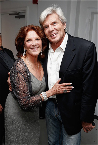 Linda Lavin and John Davidson