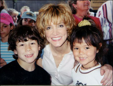 Annie Get Your Gun: with Crystal Bernard in 2001