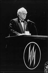 James MacArthur presenting at the 1994 Helen Hayes Awards.