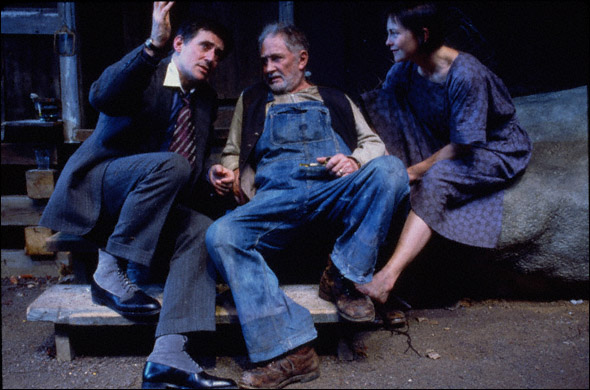 Gabriel Byrne, Roy Dotrice, and Cherry Jones