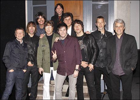 Chris Sharrock, Liam Gallagher, Joe Bithorn, David Leon, Joe Bologna, Joey Curatolo, Steve Landes, Gem Archer, Andy Bell and Mark Beyer