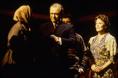 Jessica Walling, Harris Yulin, Jonathan Kaplan and Linda Lavin in The Diary of Anne Frank, 1997
