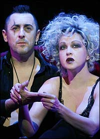 Alan Cumming and Cyndi Lauper in <I>The Threepenny Opera</I>.