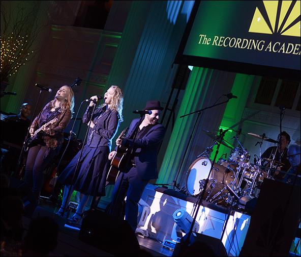 Melissa Etheridge, Joan Osborne and Kristian Bush