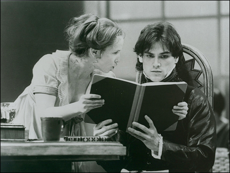 Jennifer Dundas and Billy Crudup