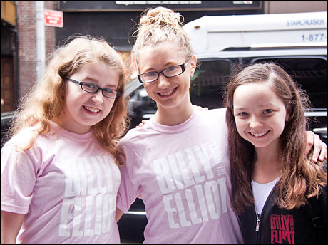 Current Ballet Girls Brianna Fragomeni, Heather Tepe and Kara Oates showed up to lend moral support