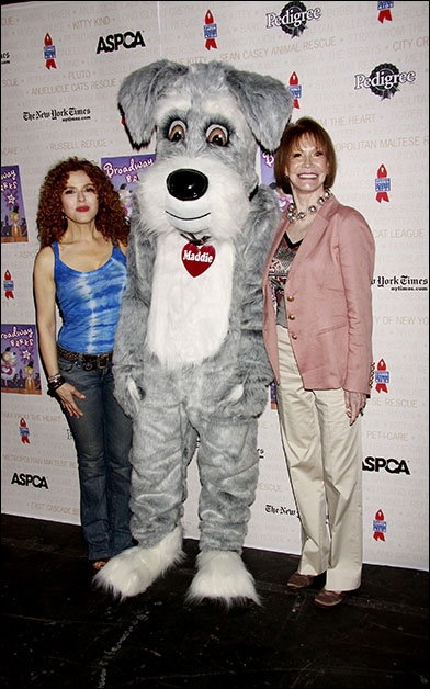 Bernadette Peters and Mary Tyler Moore, 2010