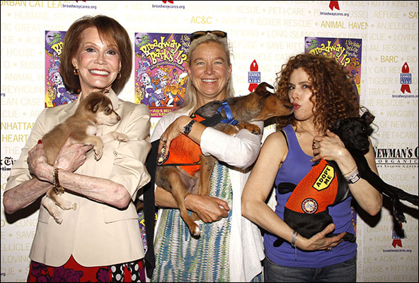 Mary Tyler Moore, Nell Newman and Bernadette Peters, 2011