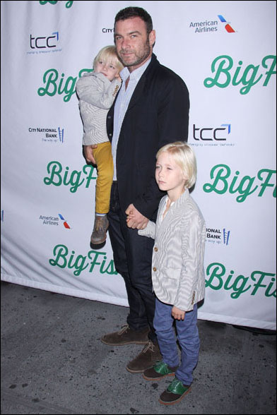 Liev Schreiber with his sons Samuel and Alexander
