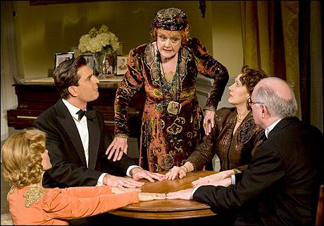 Deborah Rush, Rupert Everett, Angela Lansbury, Jayne Atkinson and Simon Jones in Blithe Spirit, 2009