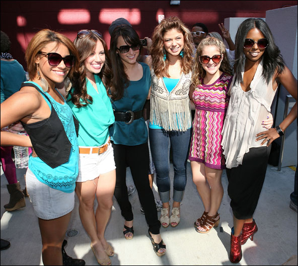 Ariana DeBose, Nikki Bohne, Haley Hannah, Casey Jamerson, Danielle Carlacci and Adrienne Warren