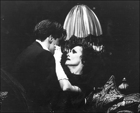 John Barrowman and Betty Buckley in Sunset Boulevard