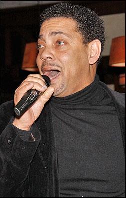 Darryl Reuben Hall