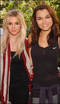 Ashlee Simpson and Samantha Barks