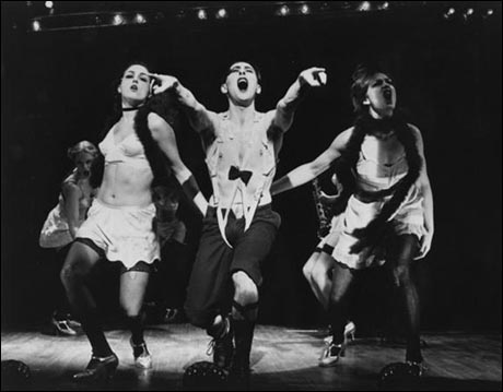 Leenya Rideout, Alan Cumming and Michele Pawk in the 1998 Broadway revival