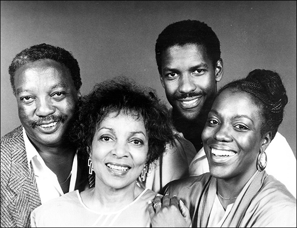 Paul Winfield, Ruby Dee, Denzel Washington and Marsha Jackson in the 1988 Broadway production Checkmates.
