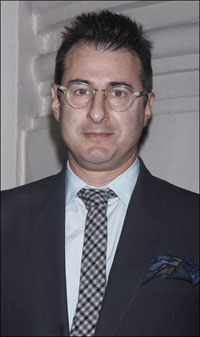 <i>Other Desert Cities</i> playwright Jon Robin Baitz
