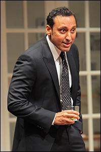Aasif Mandvi in <i>Disgraced</i>, last year's Pulitzer winner.
