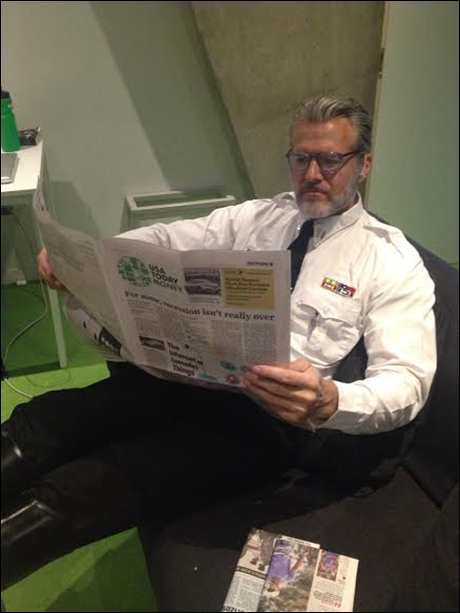 While Ed Watts (Javert) prefers USA Today. Notice it's the money section and not the comics...hey, the Inspector's gotta be on top of stocks.